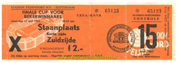 1963 cwc final TOTTENHAM HOTSPUR 5 ATLETICO MADRID 1 (unused)