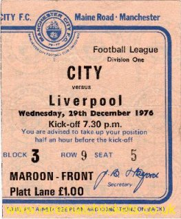 1976-77 div1 m22 MANCHESTER CITY 1 LIVERPOOL 1