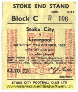 1982-83 div1 m11 STOKE CITY 1 LIVERPOOL 1